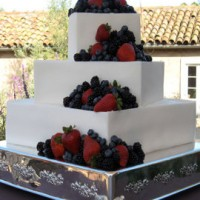 Fresh Berries Wedding Cake