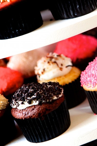 Black, Pink, & White Wedding Photo 3